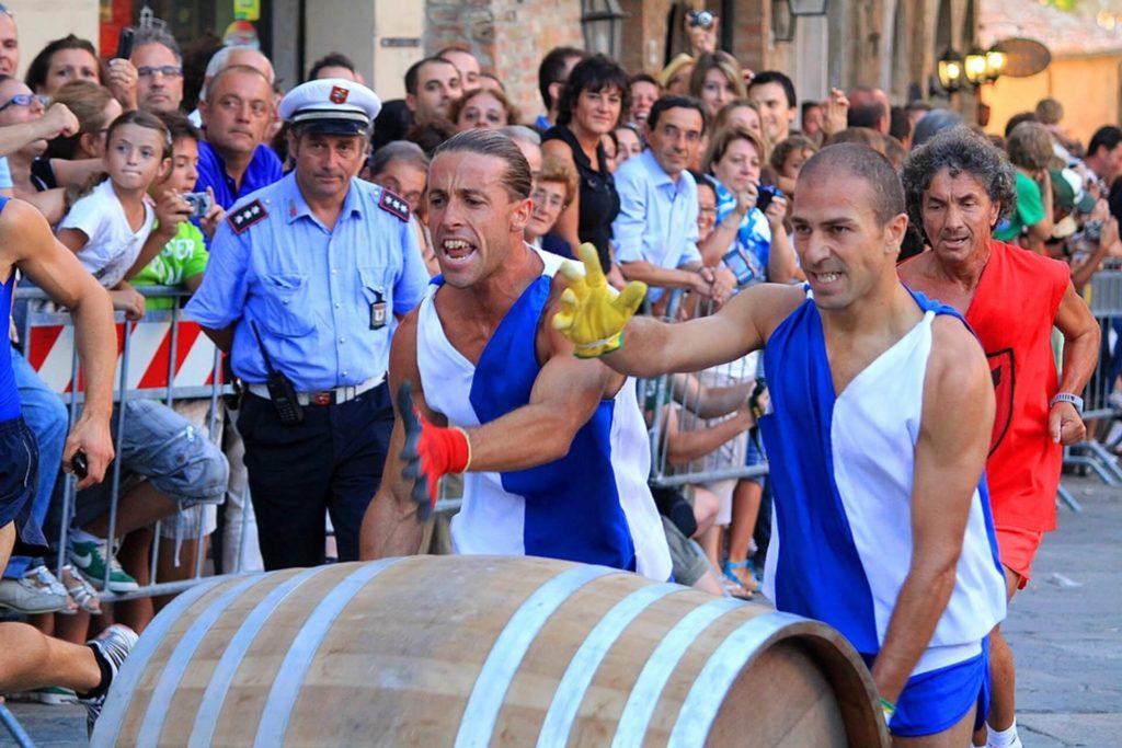váľanie sudov toskánsko